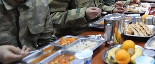bedelli askerlik yemek dağıtımı